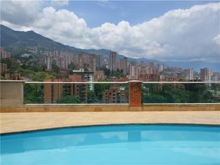 Modern and Economical Studio in Poblado 0059 - Medellin vacation rentals