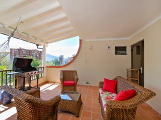 Parque Lleras Penthouse w/ Great Terrace 0086 - Medellin vacation rentals