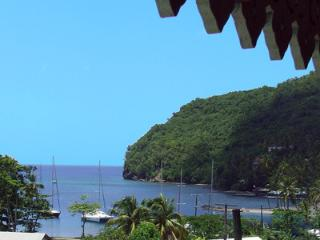 Comfortable 2 bedroom Villa in Marigot Bay - Marigot Bay vacation rentals