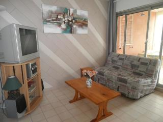 Apartment in residence - Cagnes-sur-Mer vacation rentals
