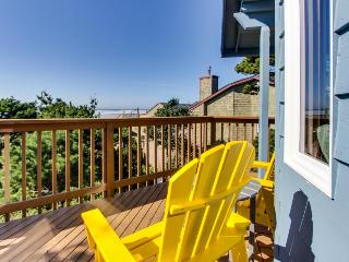 Oceanview home with a private hot tub & deck - one dog welcome! - Manzanita vacation rentals
