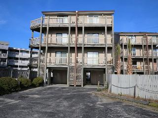 Island North 9 - Relax and decompress at this ocean view condo - Carolina Beach vacation rentals