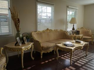 Venice Beach Area 4BD/3BA  House With Parking - Los Angeles vacation rentals