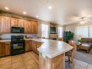 Southwestern Elegance with Sunset Views - Southwestern Utah vacation rentals