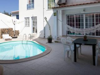 Modern Villa - Private pool - Barbecue - WIFI -AC - Sesimbra vacation rentals