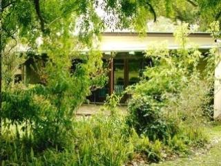 Nice Cottage with Internet Access and Satellite Or Cable TV - Tabulam vacation rentals