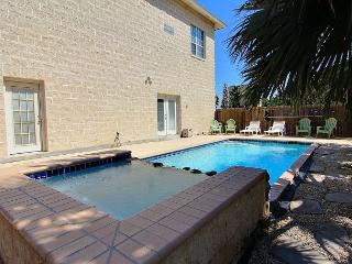 Spacious House: 4,300 sqft, Private Pool, Close the the Beach, In Town - Port Aransas vacation rentals