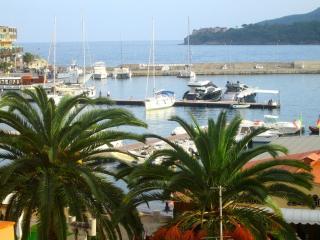 Comfortable 2 bedroom Condo in Porto Azzurro - Porto Azzurro vacation rentals