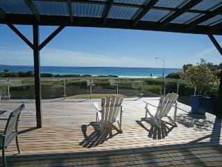 Nice House with Deck and Outdoor Dining Area - Binalong Bay vacation rentals