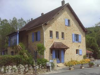 Perfect 3 bedroom Mauzens-et-Miremont Gite with Internet Access - Mauzens-et-Miremont vacation rentals