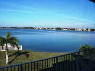 Nice House with Deck and Internet Access - Miramar vacation rentals