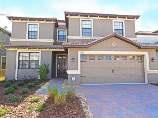 ChampionsGate 6-Bed Home,Spa, GR,WiFi, Fm$160nt! - Orlando vacation rentals