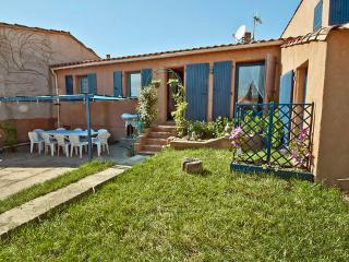 House, Roussillon ~ RA28239 - Roussillon vacation rentals