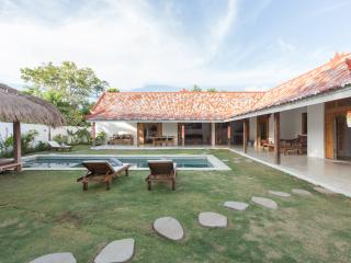 Bali Charm villa nearby Bingin Beach - Nusa Dua Peninsula vacation rentals