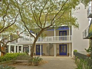 Comfortable House with Deck and A/C - Seaside vacation rentals