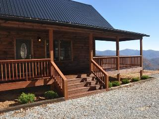 A Walk In the Clouds - Brand New 2 Bedroom Cabin with Pool Table and Magnificent View - 18 Miles to Harrahs Casino - Bryson City vacation rentals