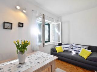 Matej - Clean and sunny apartment near Split - Podstrana vacation rentals