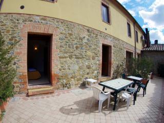 Ciliegio house in Tuscany Chianti Hills - Castelnuovo Berardenga vacation rentals