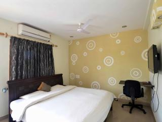 Comfortable 9 bedroom Bed and Breakfast in Hyderabad - Hyderabad vacation rentals