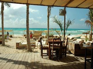CORTO MALTES 101 - Playa del Carmen vacation rentals