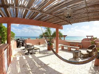 Oceanfront with pool 3 bedroom penthouse in Luna Encantada (LEA3) - Playa del Carmen vacation rentals