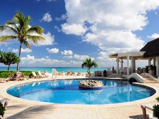 Oceanfront with pool 2 bedroom in Xaman Ha (XH7018) - Playa del Carmen vacation rentals