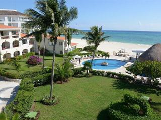 Oceanfront with pool 2 bedroom in Xaman Ha (Xh7206) - Playa del Carmen vacation rentals