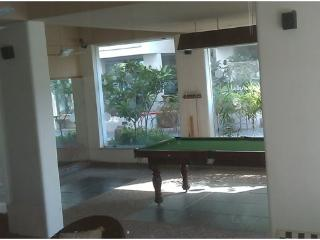 14 Square Nehrunagar Cross Road - Ahmedabad vacation rentals