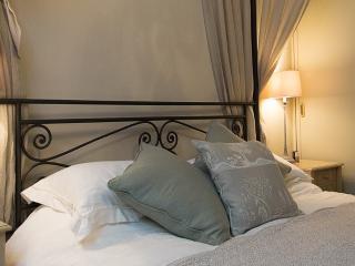Italian Lakes 2 bedroom apartment in Pallanza - Pallanza vacation rentals