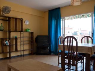 Beautiful 2 bedroom Condo in Salou - Salou vacation rentals