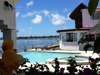 Facing the sea, Mauritius guesthouse  3 islands - Mahebourg vacation rentals