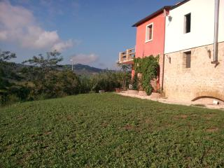 The Arches - Sleeps 4/5 Apt, shared pool, - Città Sant'Angelo vacation rentals