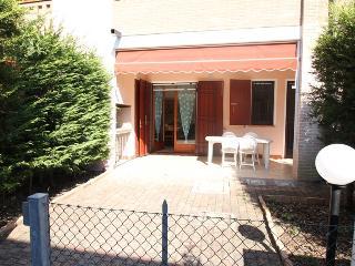 Bellissima villetta con giardino privato e posto auto a Lido di Pomposa - Lido di Pomposa vacation rentals