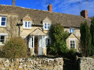 Brooklands, Chedworth, Historic Cotswolds Cottage - Chedworth vacation rentals