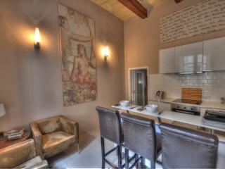 Stylish Studio Apartment In The Heart Of Valletta - Valletta vacation rentals