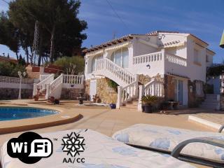 Villa Alzina - Villa with pool close to the beach - Calpe vacation rentals