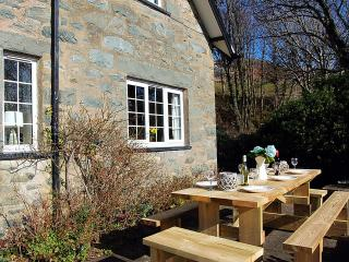 Gorgeous Cottage with Internet Access and Satellite Or Cable TV - Llanaber vacation rentals