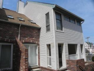 Beach block property in the heart of Ocean City! - Ocean City vacation rentals