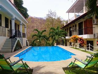 Gorgeous Condo with Internet Access and Parking - Playas del Coco vacation rentals