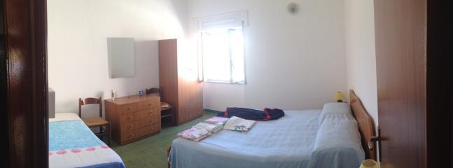 Appartamento con giardino  a 200 metri dal mare - Belmonte Calabro vacation rentals