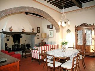 Gorgeous House with Internet Access and Balcony - Tregozzano vacation rentals