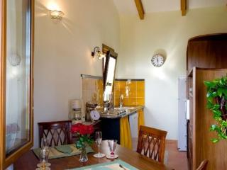 Lovely 1 bedroom House in Sorrento - Sorrento vacation rentals