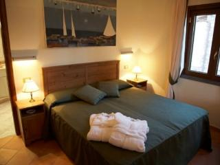 Oasis Moon Cottage - Termini vacation rentals