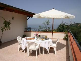 Lovely House with Internet Access and Shared Outdoor Pool - Massa Lubrense vacation rentals