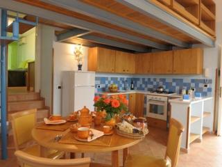 3 bedroom House with Internet Access in Massa Lubrense - Massa Lubrense vacation rentals
