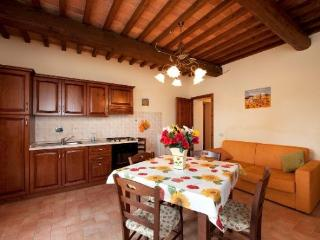 Lovely 2 bedroom House in Chianni with Internet Access - Chianni vacation rentals