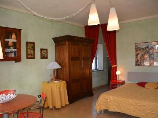 Julio Ov - San Gimignano vacation rentals