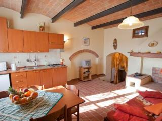 2 bedroom House with Internet Access in Terricciola - Terricciola vacation rentals