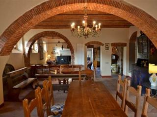 6 bedroom House with Internet Access in Castellina In Chianti - Castellina In Chianti vacation rentals