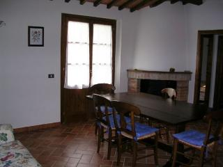 Lovely House with Internet Access and Shared Outdoor Pool - Ambra vacation rentals